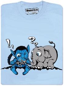 Avatar se snaží spojit se slonem přes chobot
