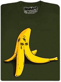Banán zabiják, pozor na uklouznutí na slupce od banánu