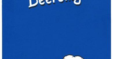 Piercing opilý pod vlivem alkoholu - modré pánské tričko