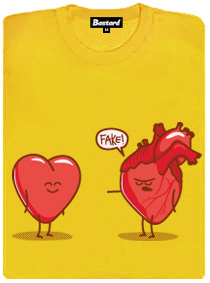 Falešné vs. pravé srdce - fake! - tričko s potiskem