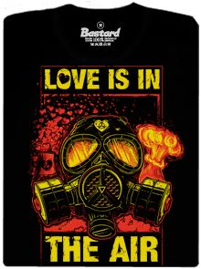 love-is-in-the-air-cerne-panske-tricko