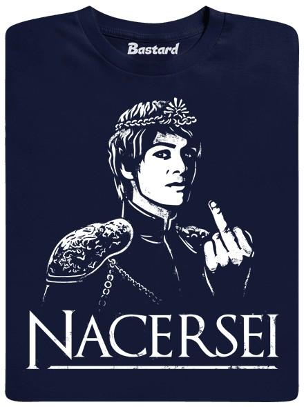 Královna Cersei ukazuje vzdyčený prostředníček - modré pánské tričko