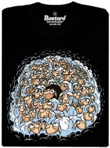Černá ovce v davu bílých ovcí - černé pánské tričko