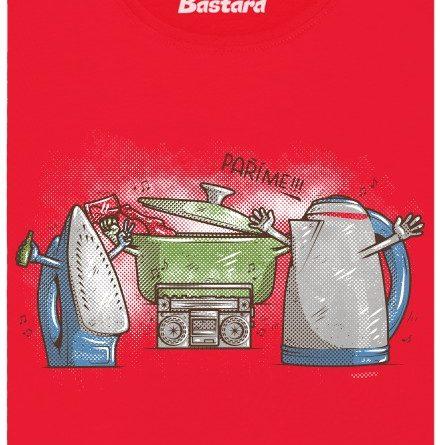 Paříme - napařovací žehlička, konvice a hrnec - červené dámské tričko