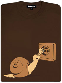 Šnek šmíruje zásuvku - dámské tričko