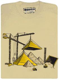 Tričko s potiskem - Jeřáby staví pyramidy pomocí velkých báboviček