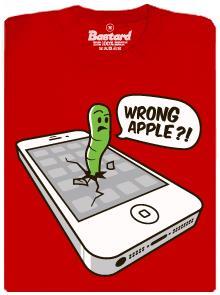 Wrong apple - špatné jablko - červené pánské tričko
