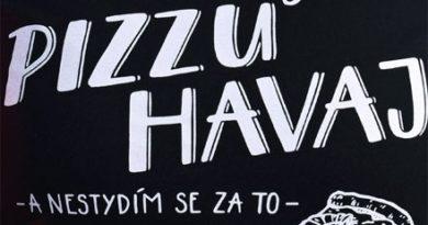 Zbožňuju pizzu Havaj a nestydím se za to - černé dámské tričko
