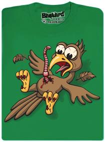 Žížalí vetřelec leze ptákovi z břicha